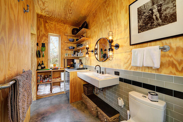 Naturally-Rustic-industrial-bathroom-Used-Wooden-Interior-and-Concrete-Material-Room-Decor